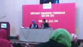 Fasilitators (Pn Zainon and Mr Hashim)